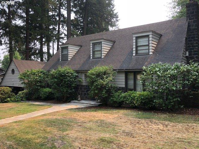 162 Berwick Rd, Lake Oswego, OR 97034 (MLS #18562192) :: Matin Real Estate