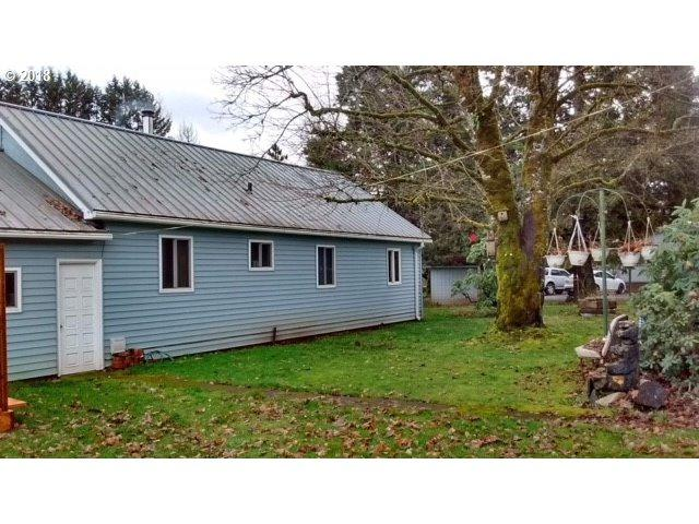 40849 Highway 228, Sweet Home, OR 97386 (MLS #18563895) :: The Dale Chumbley Group