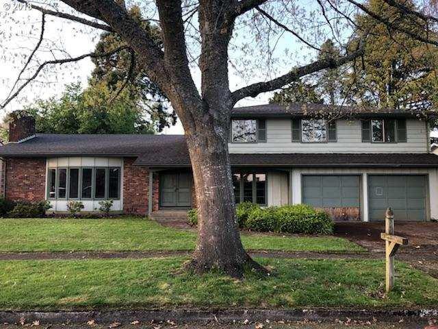 271 Sterling Dr, Eugene, OR 97404 (MLS #18583457) :: Song Real Estate