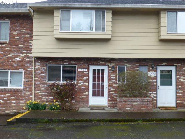 1324 NE Hogan Dr, Gresham, OR 97030 (MLS #18613222) :: Change Realty
