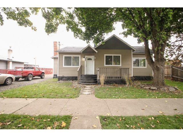 1705 Spruce St, La Grande, OR 97850 (MLS #18623606) :: Fox Real Estate Group