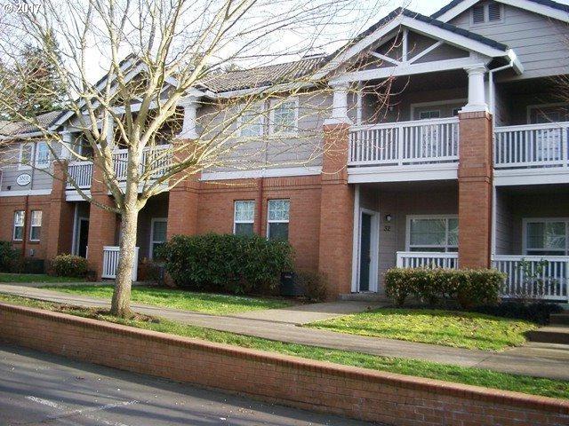 30410 SW Rebekah St #32, Wilsonville, OR 97070 (MLS #18631550) :: Beltran Properties at Keller Williams Portland Premiere