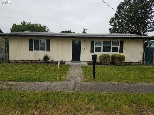 345 S 3RD St, St. Helens, OR 97051 (MLS #18635271) :: McKillion Real Estate Group