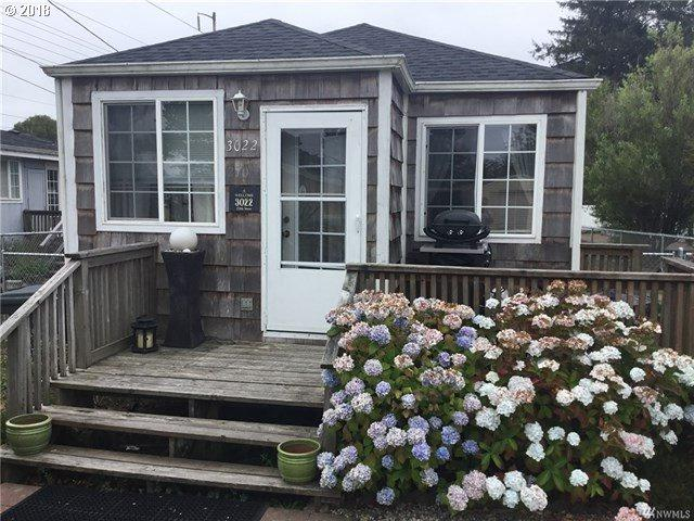 3022 270th St, Nahcotta, WA 98637 (MLS #18644129) :: Cano Real Estate