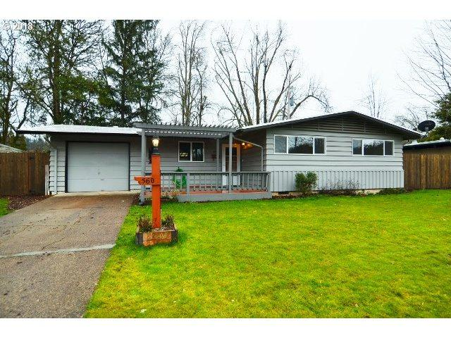 560 E 36TH Ave, Eugene, OR 97405 (MLS #18655292) :: Fox Real Estate Group
