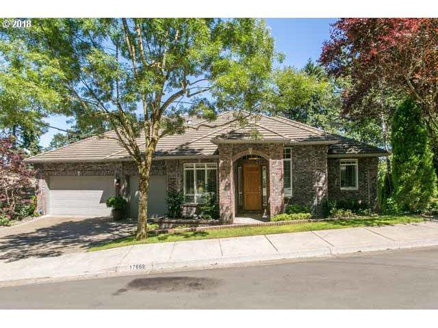 17668 Woodhurst Pl, Lake Oswego, OR 97034 (MLS #18663442) :: R&R Properties of Eugene LLC