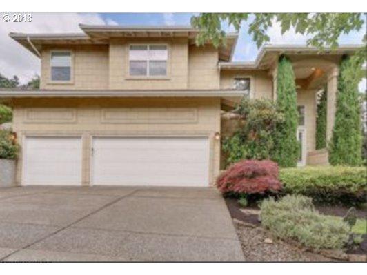 2325 Oakhurst Ln, Lake Oswego, OR 97034 (MLS #18677129) :: Matin Real Estate