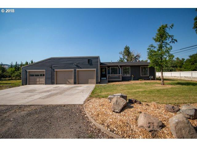 3208 Spruce St, La Grande, OR 97850 (MLS #18684001) :: Hatch Homes Group