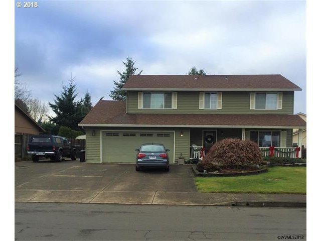 1117 SW Goucher St, Mcminnville, OR 97128 (MLS #18693370) :: The Liu Group