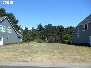 5725 SW Arbor Dr #120, Newport, OR 97365 (MLS #18697862) :: Harpole Homes Oregon