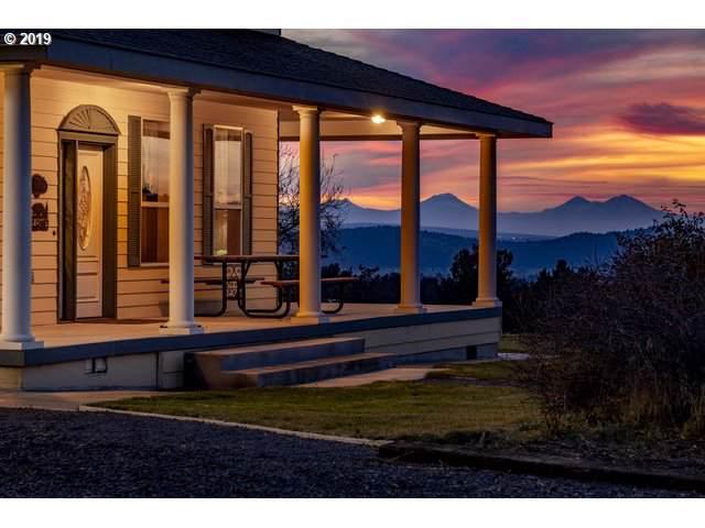8360 NE Meadow Ridge Rd, Prineville, OR 97754 (MLS #19010645) :: Cano Real Estate