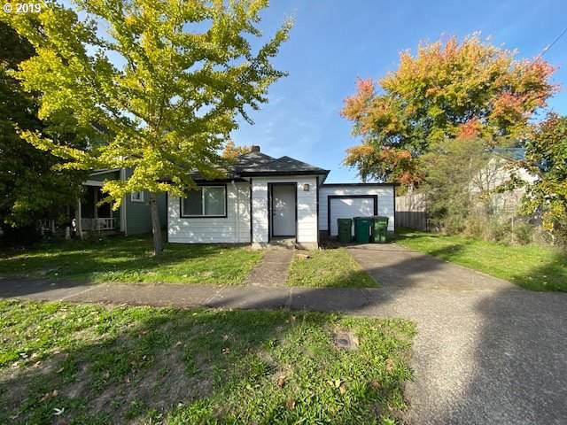 1405 E 8TH St, Newberg, OR 97132 (MLS #19011849) :: McKillion Real Estate Group