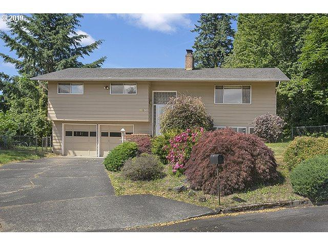 15651 SE Holly Ct, Milwaukie, OR 97267 (MLS #19017171) :: Next Home Realty Connection