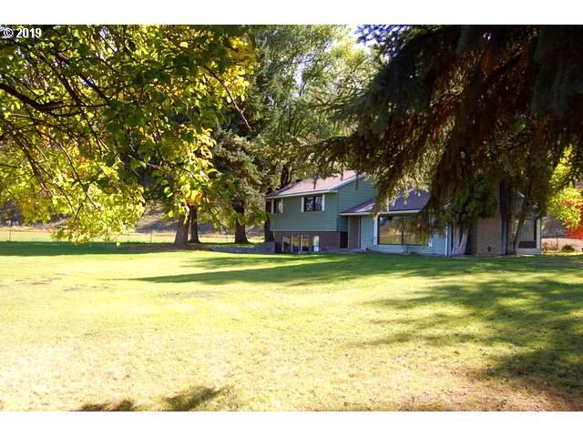 100 NE Jumping Grass Ln, Prineville, OR 97754 (MLS #19045286) :: McKillion Real Estate Group