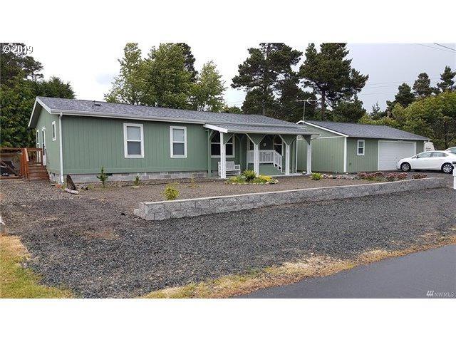 1411 207TH St, Ocean Park, WA 98640 (MLS #19062068) :: TK Real Estate Group