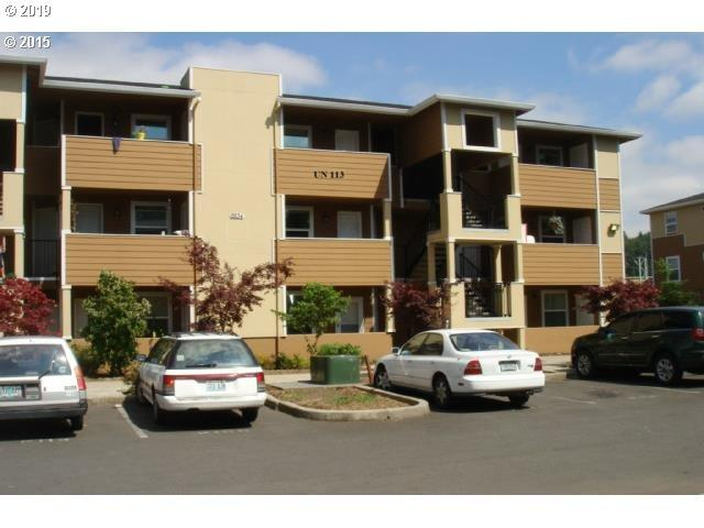 9251 SE Clinton St #302, Portland, OR 97266 (MLS #19083924) :: Territory Home Group