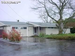 2375 Benson Ln, Eugene, OR 97408 (MLS #19103510) :: Team Zebrowski