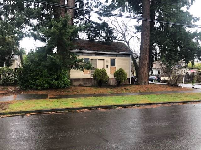 8405 SE 8TH Ave, Portland, OR 97202 (MLS #19104091) :: McKillion Real Estate Group