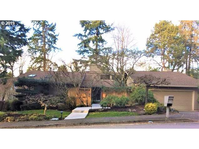 17 Westridge Dr, Lake Oswego, OR 97034 (MLS #19108475) :: Gregory Home Team | Keller Williams Realty Mid-Willamette