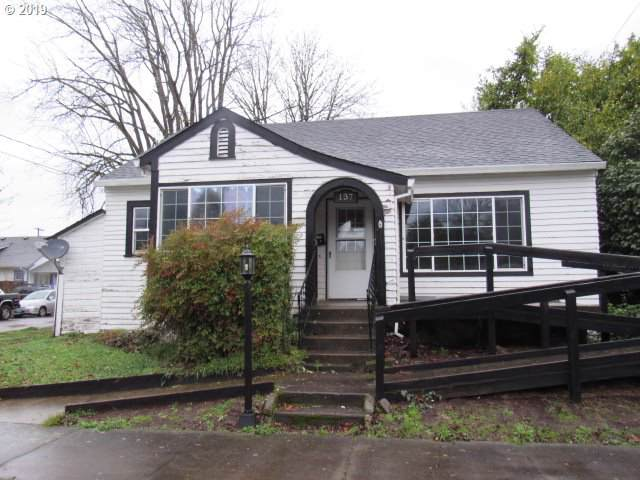 137 NW 9TH St, Mcminnville, OR 97128 (MLS #19118650) :: Song Real Estate