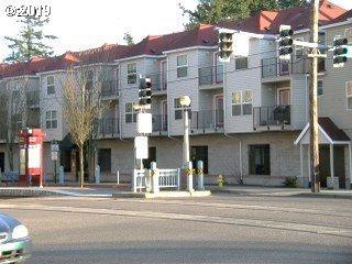 20 SE 172ND Ave, Portland, OR 97233 (MLS #19124195) :: The Lynne Gately Team