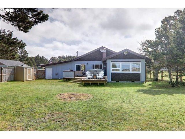 1302 166TH Pl, Long Beach, WA 98631 (MLS #19145307) :: Townsend Jarvis Group Real Estate