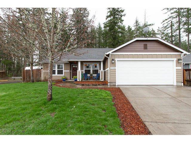 25184 Stellar Ave, Veneta, OR 97487 (MLS #19149087) :: The Galand Haas Real Estate Team