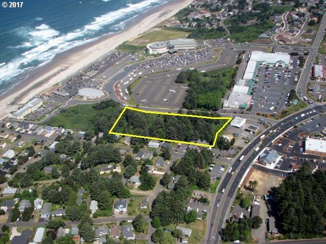 4000 40th St, Lincoln City, OR 97367 (MLS #19149211) :: The Pacific Group