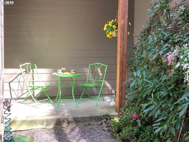 420 Elk Creek Rd #101, Cannon Beach, OR 97110 (MLS #19151124) :: Change Realty