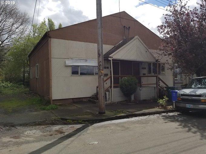 3216 Borthwick Ave - Photo 1