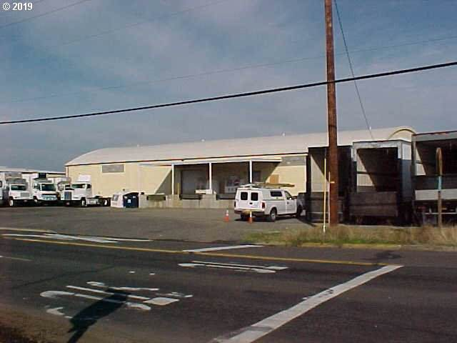 690 Mckinley St, Eugene, OR 97402 (MLS #19154663) :: Premiere Property Group LLC