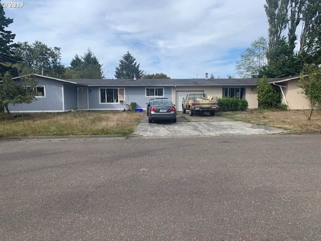 2624 State St, North Bend, OR 97459 (MLS #19168202) :: Homehelper Consultants