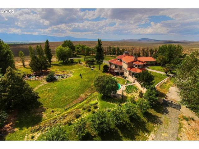 21783 Medical Springs Hwy, Baker City, OR 97814 (MLS #19171851) :: Premiere Property Group LLC