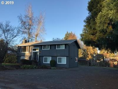 19440 Meyers Rd, Oregon City, OR 97045 (MLS #19198361) :: McKillion Real Estate Group