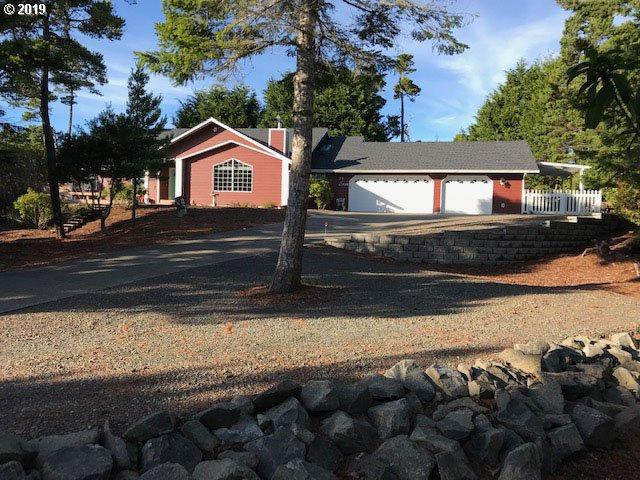 87696 Saltaire St, Florence, OR 97439 (MLS #19213347) :: McKillion Real Estate Group