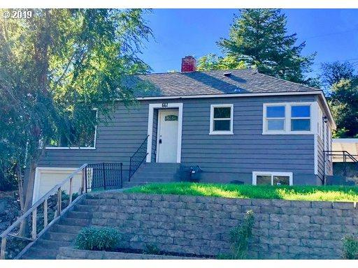 661 NW 8TH St, Pendleton, OR 97801 (MLS #19219200) :: Matin Real Estate Group