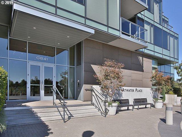 841 SW Gaines St #1504, Portland, OR 97239 (MLS #19228403) :: R&R Properties of Eugene LLC