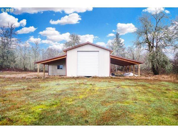 809 Main Camas Rd, Camas Valley, OR 97416 (MLS #19231569) :: Matin Real Estate Group