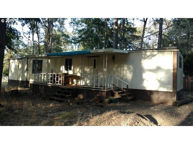 9188 South Bank Dr, Roseburg, OR 97470 (MLS #19249158) :: Townsend Jarvis Group Real Estate