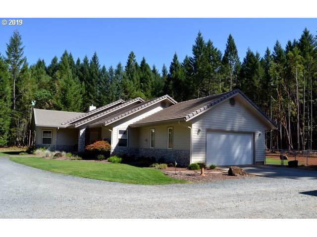 1075 Idlewild Dr, Cave Junction, OR 97523 (MLS #19263622) :: Premiere Property Group LLC