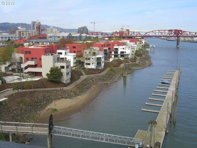 810 NW Naito Pkwy F16, Portland, OR 97209 (MLS #19281657) :: TLK Group Properties