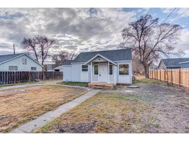1746 NE Laughlin Rd, Prineville, OR 97754 (MLS #19285505) :: Fox Real Estate Group