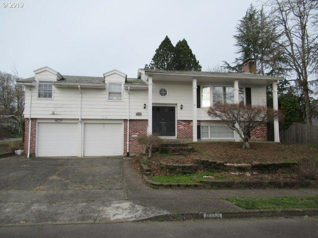 11755 SW Fairfield St, Beaverton, OR 97005 (MLS #19289439) :: The Sadle Home Selling Team