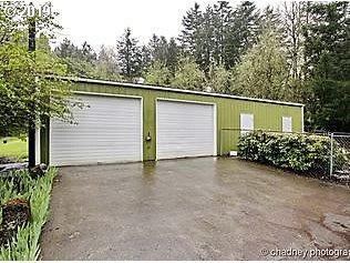 60 Ruckel St, Cascade Locks, OR 97014 (MLS #19301086) :: McKillion Real Estate Group