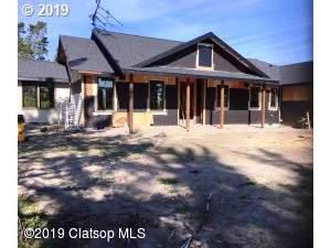 89128 Stellar Rd, Warrenton, OR 97146 (MLS #19302841) :: McKillion Real Estate Group