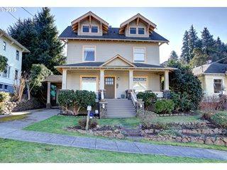 1237 Kensington Ave, Astoria, OR 97103 (MLS #19324470) :: Stellar Realty Northwest