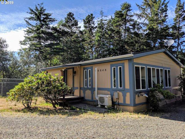 4848 Seapine Dr, Florence, OR 97439 (MLS #19330709) :: Townsend Jarvis Group Real Estate