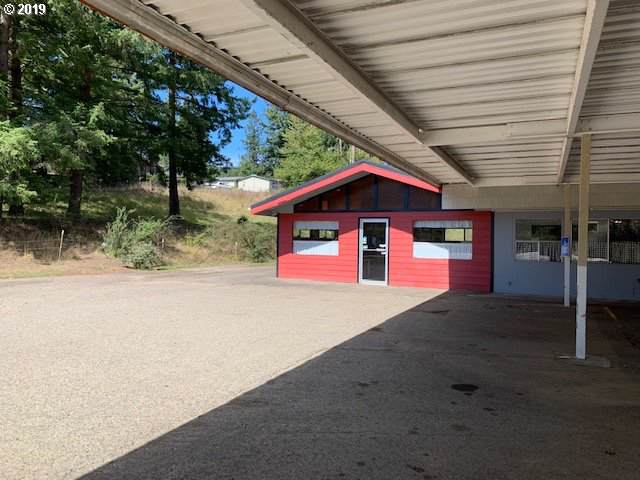 750 W Central, Coquille, OR 97423 (MLS #19336289) :: Change Realty