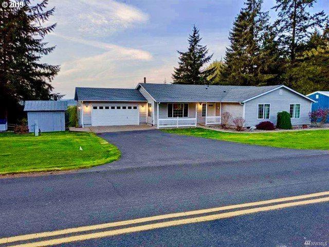 720 Schaffran Rd, Castle Rock, WA 98611 (MLS #19337218) :: Change Realty