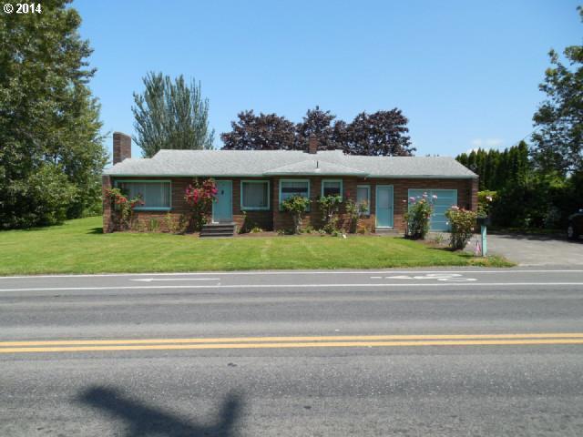 450 SE Hogan Rd, Gresham, OR 97080 (MLS #19338879) :: Brantley Christianson Real Estate